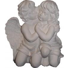 Целующиеся ангелы